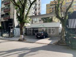 Título do anúncio: Casa com 4 dorms, Boqueirão, Santos - R$ 3.5 mi, Cod: 6002