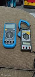 Vendo um alicate amperímetro e um multímetro digital