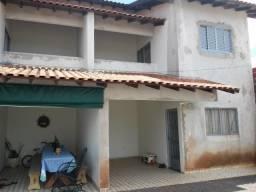Sobrado para alugar na Vila Industrial R$750,00 - Dourados/ms