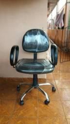 Cadeira executiva preta