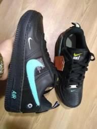 Tênis Nike Air Force lv8 ver