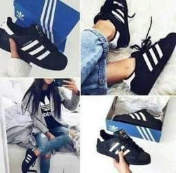 Tênis Adidas Super Star preto