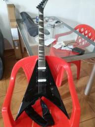 Vendo Guitarra Jackson King V 291 Black