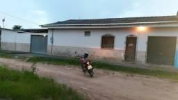 Vendo Casa na zona norte de 02 suítes e Ponto Comercial