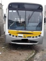 Ônibus M. Benz APACHE 1721 (43 Lugares)