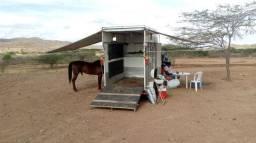 Reboque/carroça/triller para cavalos