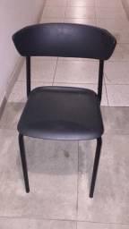 Vendo mesa e cadeiras para bar e restaurantes
