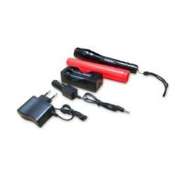 Lanterna Tática B-max Com Sinalizador De Emergência Bm-8477