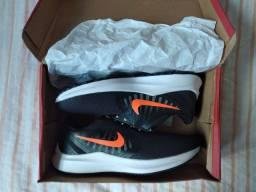 Tênis da Nike novo na caixa....
