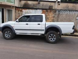 L200  4x4  diesel manual 2012