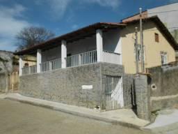 Alugo casa em Iriri ( E.S )