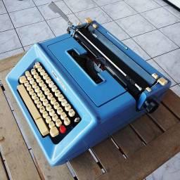 Olivetti fabricada no Mexico em 1977 tudo ok Maquina de escrever antiga - antiguidade