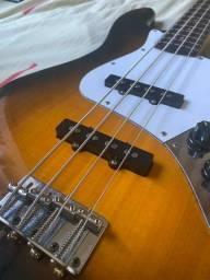 Baixo Fender Squier