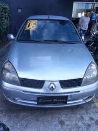 Título do anúncio: Renault Clio 1.6 Presence Pk (2006)