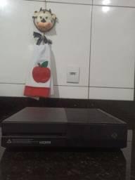 Vendo Xbox One Fat 1T (aceito propostas)