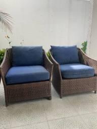 Kit Par de Poltronas e um Sofa.
