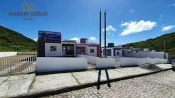 Casa à venda no bairro São José, com 2 quartos.