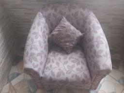 Lindos jogo sofa 2 peças semi novos com almofadas , perfeito , sem nenhum detalhes
