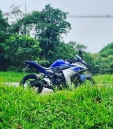 Moto YZF-R3 2016 - Único Dono