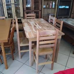 Título do anúncio: Mesa 6 cadeiras madeira maciça
