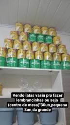 Título do anúncio: Vendo latas vazia , para lembrancinhas ou seja centro de mesa !!