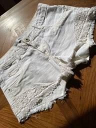 Short Branco 38