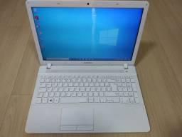 Notebook Samsung i3 3gen 2.40ghz/SSD 120gb/4gb memória RAM DDR3