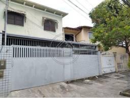 Título do anúncio: Casa para alugar com 4 dormitórios em São domingos, Niterói cod:899423