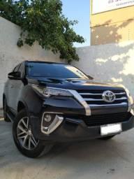 Título do anúncio: Hilux Sw4 Srx 2.8 2017 4X4-Diesel - Auto - 5 Lugares (Extra)