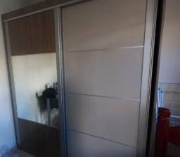 Guarda roupa 2 portas e espelho