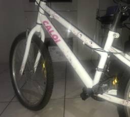BARBADAA !!! Bicicleta CALOI, aro 26, 21 marchas, ótimo estado, usada poucas vezes
