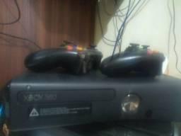 Xbox 360 slim destravado dois controles super consevado