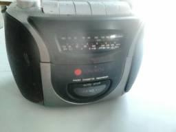 Vendo esse bonito rádio,