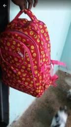 Vendo esta mochila de costa infantil feminina