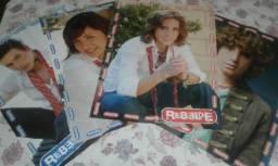 Pôsteres e páginas de revistas