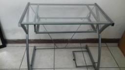 Mesa computador ferro e vidro