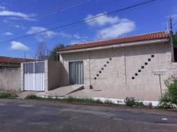 Casa com 2 dormitórios à venda, 200 m² por R$ 220.000,00 - Vila Sadia - Várzea Grande/MT