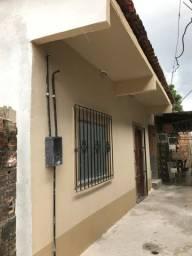 Alugo Casa com dois quartos . Localizada no Bairro Centro em Ananindeua