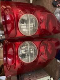 Lanternas traseiras Montana modelo corsa