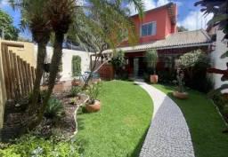 Casa para Venda em Lauro de Freitas, Ipitanga, 6 dormitórios, 5 suítes, 7 banheiros, 4 vag