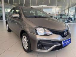 Toyota ETIOS  X Plus Sedan 1.5 Flex 16V 4p Mec.