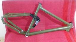 Quadro Astro Full X T C / tamanho G / aro 26