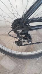 Bicicleta semi nova aro 24