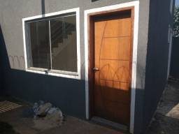 R$ 260.000 Casa geminada com entrada individual no bairro Xangri-la por apenas 260Mil