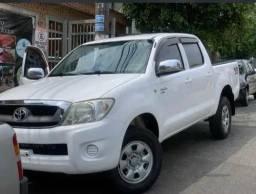 Toyota Hilux 2.5 Cab. Dupla 4x4 4p<br><br><br>