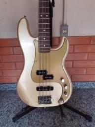 Vendo Fender Precision Bass Special(Made in México)