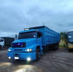 Título do anúncio: caminhão boiadeiro