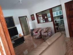 COD C-94 Casa em Mangabeira IV 3 quartos bem localizada