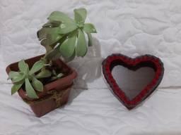 Cesto organizador de crochê com fio de malha em formato de coração NOVO