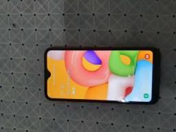 Vendo um Samsung A01 com nota fiscal